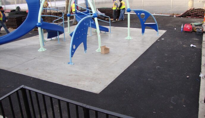 Rubber Turf Safety Surfacing-Safety Surfacing